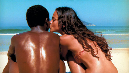 Alexandre Rodrigues and Alice Braga in City of God