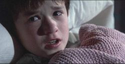 "Haley Joel Osment saying ""...I see dead people..."""